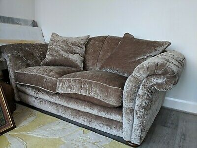 DFS Warwick Chesterfield Crushed Velvet Mink Sofa 2-3 seater - Amazing condition