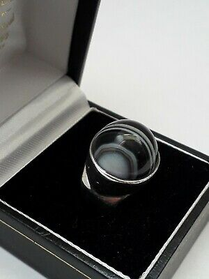 Vintage (1969) Heavy Sterling Silver & Black/White Banded Agate Ring. 10.2g!