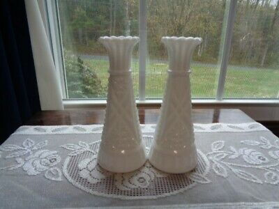 "VINTAGE WHITE MILK GLASS BUD/FLOWER VASES, LOT Of 2, 6"" TALL"