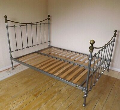 Traditional Metal Bed Frame 4 Foot 6 Double Victorian Style Slatted