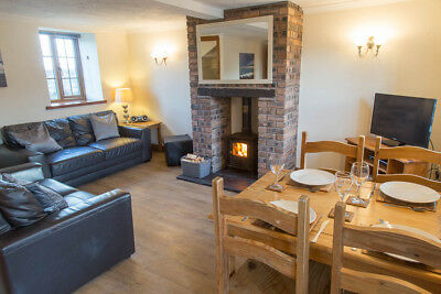 Holiday Cottage for 5 Wood Burner Anglesey North Wales 5nts  8th June. REDUCED