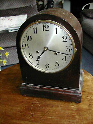 Westminster chiming mantel clock