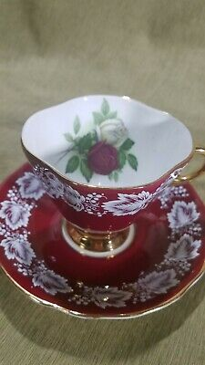 Lovely Clarence English Fine Bone China Tea Cup And Saucer Red, Gold, Roses