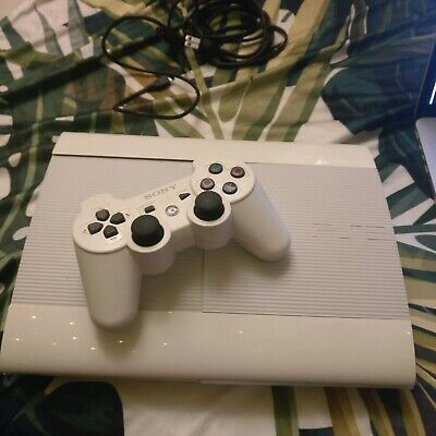 White Sony Playstation 3 Super Slim 500gb PS3 +1 controller+power cord