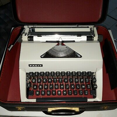 FACIT TP2 PORTABLE del 1962 NO OLIVETTI  VINTAGE TYPEWRITER MADE IN SWEDEN