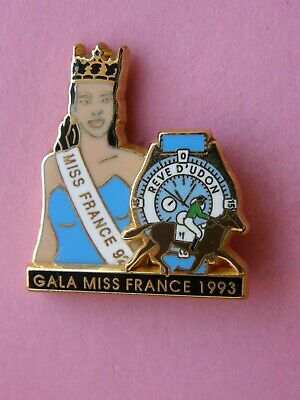 rarissime pin's MISS FRANCE 93 signé ARTHUS BERTRAND PARIS , montre , hippisme