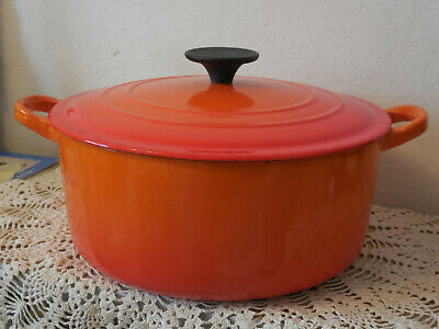 """Vintage FRENCH Le Creuset DUTCH OVEN Flame Red Enameled Cast Iron 24cm / 9.5"""""""