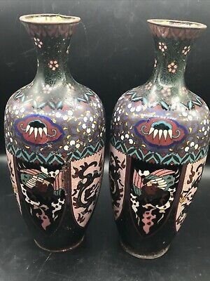 Museam Qulity Very Old Pair Old Chinese Colour Painted With Dargon Animals Vags
