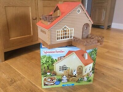 Sylvanian Families 4370 Log Cabin Doll House - Used in Original Box