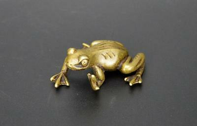 HOT Chinese Hand Carved Animal Pastoral Style Brass Frog Small Statue Ornament