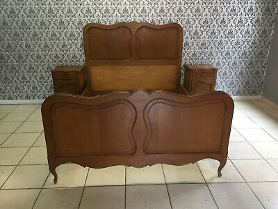 Wonderful bed and 2 nightstand solid oak Louis XV French style