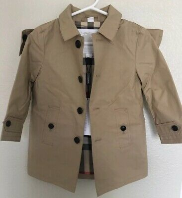 b5cbb0972 NWT Burberry Baby Girls Classic Hooded Trench Coat Size 18m Color Honey  Beige