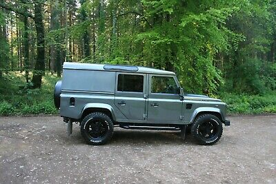 Land Rover Defender 110 XS Utility 2014
