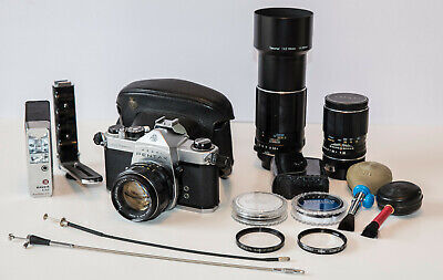 Asahi Pentax 35mm SLR KIT,3 Lenses,Flash,Filters,Case,Extras