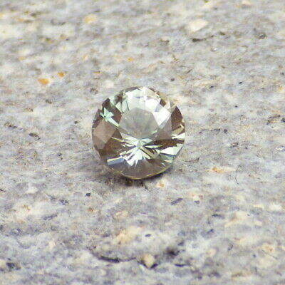 Vert Écume Oregon Sunstone 0,51ct Flawless-Small Bague Taille Gemme !