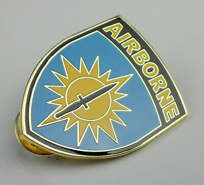 American US Army special forces Airborne Hat Lapel Pin Badge