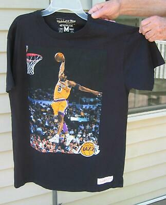 142ba3809 BASKETBALL LOS ANGELES LAKERS KOBE BRYANT Mitchell   Ness Graphic Shirt SZ  MED