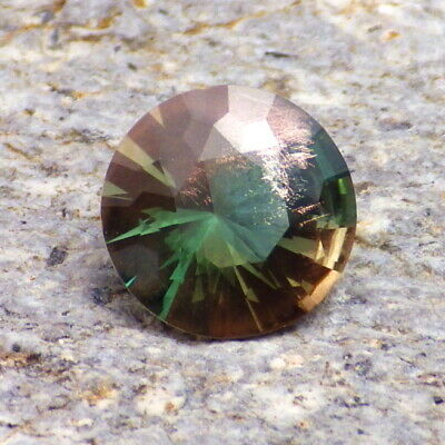 Paon Vert Bleu Dichroïque Schiller Oregon Sunstone 1,88 CT Flawless-Very Rare !