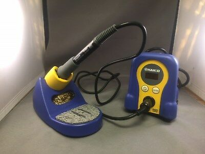 Hakko FX888D-23BY Soldering station iron digital - gently used in demo