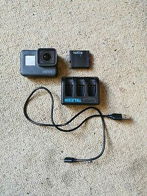 New GoPro Hero 5 Camera with external charger
