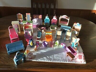 33-Piece Miniature Plastic Dollhouse Furniture Lot: Some Fisher Price All Nice!!