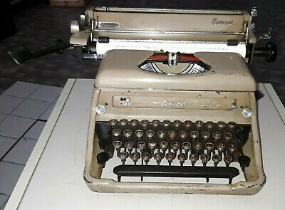 EVEREST Mod.ST MACCHINA PER SCRIVERE del 1948 OLD TYPEWRITER NO OLIVETTI MADE IT