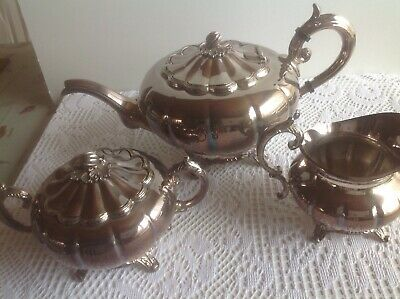 Viners Of Sheffield  Beautiful Vintage 3 Piece Silver Plated Tea Set
