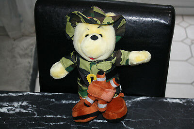 LOVELY WINNIE THE POOH 12 INCH SAFARI EXPLORER PLUSH BEAR SOFT TOY, Play by Play