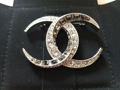 7046e485cad2 NWT Authentic Chanel Dubai Double CC Crystal Silver Brooch A85468