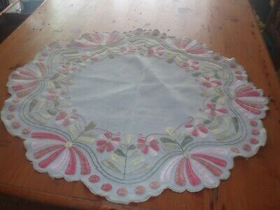 Antique Arts @ Crafts Table Topper