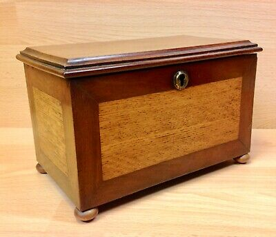 Victorian Mahogany & Oak Panelled Two Section Tea Caddy.