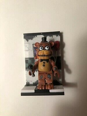 FIVE NIGHTS AT Freddy's Micro Construction Set - Withered Freddy McFarlane  Toys
