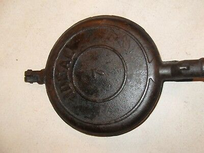 Vintage IDEAL #7 Cast Iron Metal Fireplace Stove Waffle. Rare Model.