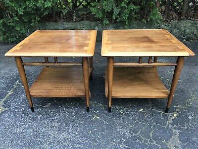 Pair Of Vintage MCM Lane Acclaim Walnut Mid Century Side End Tables