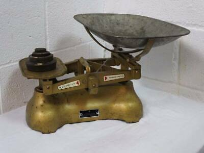 ARMY ISSUE W&T AVERY COUNTER BALANCE WEIGHING SCALE's,4 Weights up to 2lb.