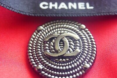 100% Chanel buttons Logo CC lot  of 3 size 1 inch 24 inch dark silver Large