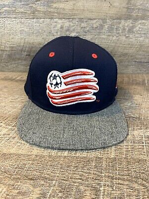 huge discount 97433 c8ae1 New England Revolution adidas MLS Authentic Team Structured Snapback Mesh  Hat