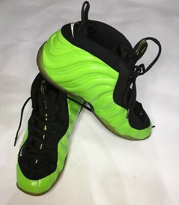 official photos 8c038 1ab67 NIKE FOAMPOSITE AIR Electric Green 624041-300 Size 9.5