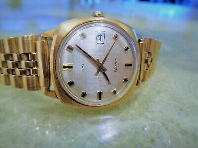 Vintage Rare Ornate Timex Electric Watch Mens Black and Gold Markers Hands
