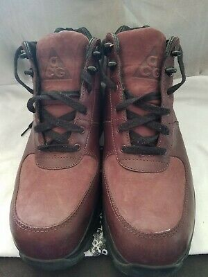 4af277fdb0 Pre-owned Nike Air Max Goadome ACG Boots burgundy Mens 8.5, good condition  no