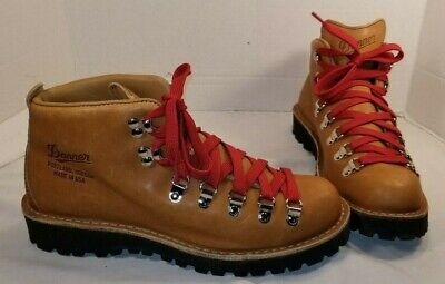 NEW DANNER WOMEN'S Leather Mountain Light Cascade Lace Up