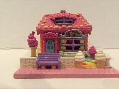 Vintage Polly Pocket Bluebird 1995 Ice Cream Parlor Shop Strawberry