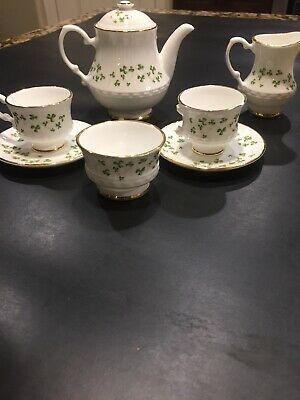 Royal Tara Fine Bone China From  Ireland  8 Pc Miniature Tea Set Shamrock Clover