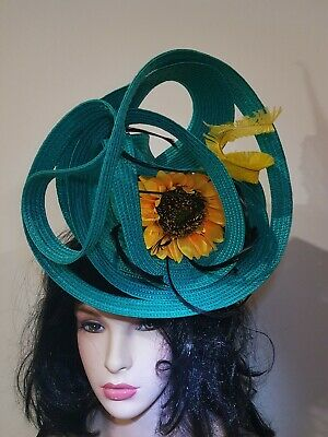 Fascinator hatinator hat races wedding costume formal emerald  - one off design