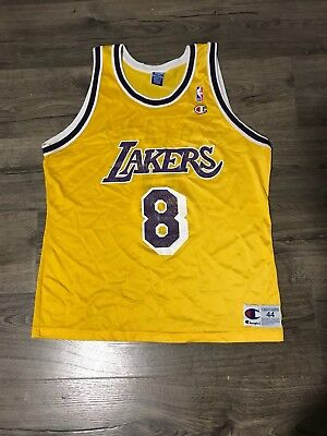 c0bc601062a Champion Los Angeles Lakers Kobe Bryant 8 Jersey Size 44 Large Rookie NBA