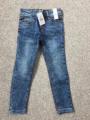 Girls Outfit Blue Skinny Jeans Age 5 Years brand New