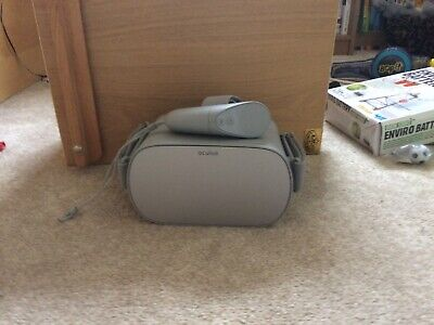 OCULUS Go 32GB Standalone VR Headset ****USED ONCE****