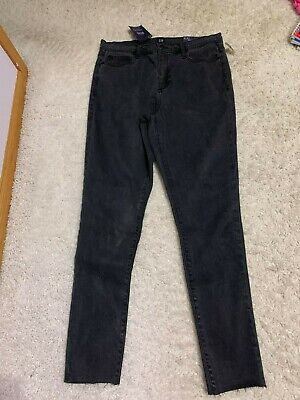 5e08eb5370 NWT: gap Soft Wear High Rise True Skinny Jeans with Secret Smoothing Pockets  $80