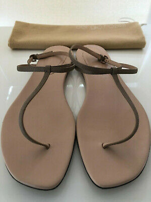18f643b88775 SERGIO ROSSI LEATHER NUDE THONG SANDALS FLATS Size 38/8.Italy $460 Used 1