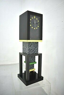 Rare and Collectible Metropole Table Clock by George Sowden, Memphis Milano 1982